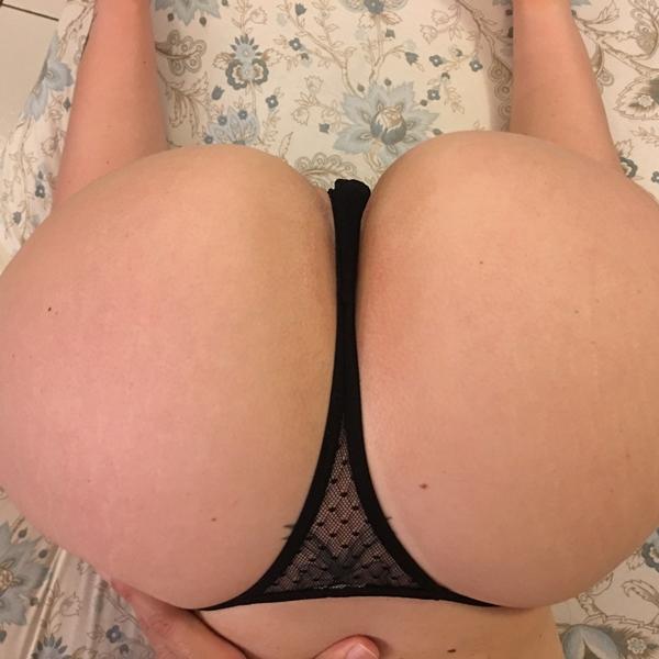 1-brazilian-sexy-blonde-4