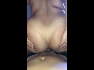 Gordinha fazendo sexo anal bem gostoso